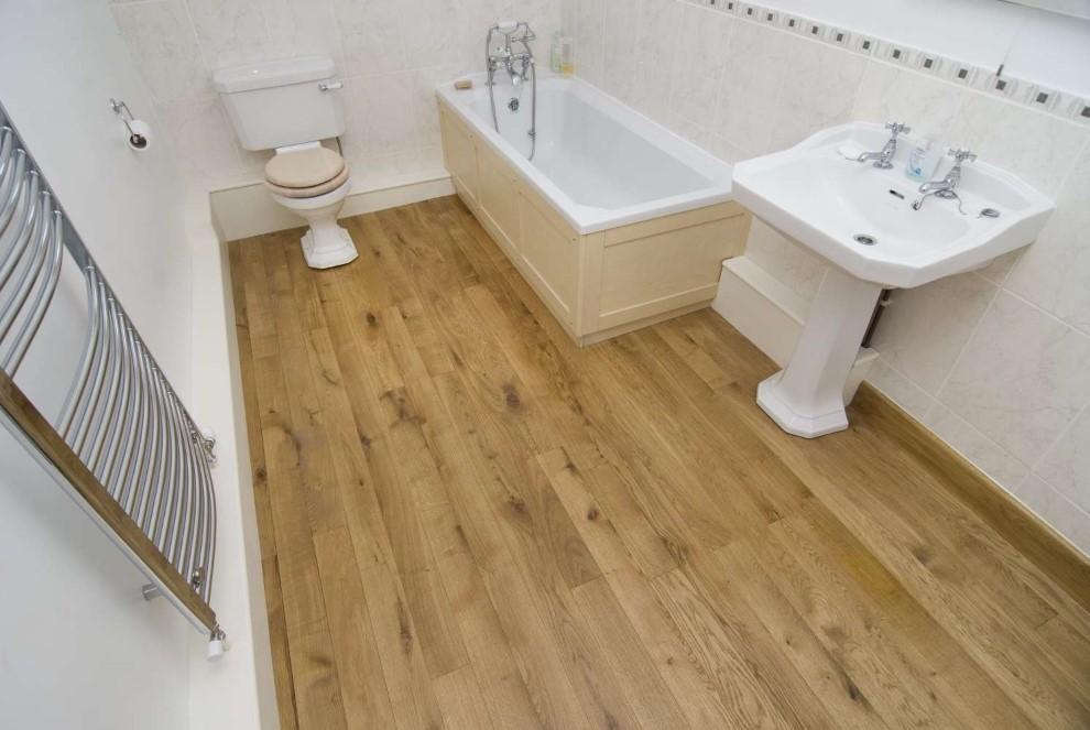 Линолеум на полу ванной комнаты