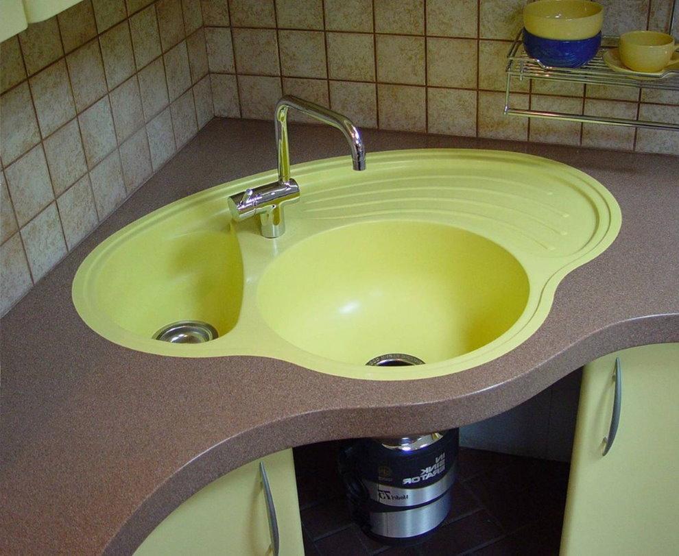 Угловая кухонная мойка из акрилового камня