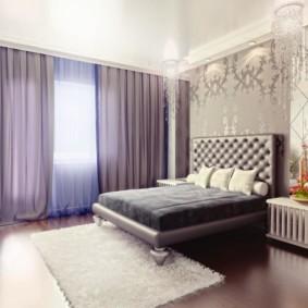натяжные потолки в спальне интерьер