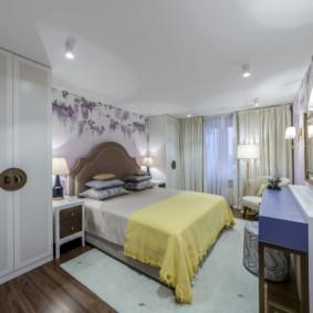 натяжные потолки в спальне оформление
