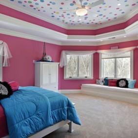 натяжные потолки в спальне идеи фото