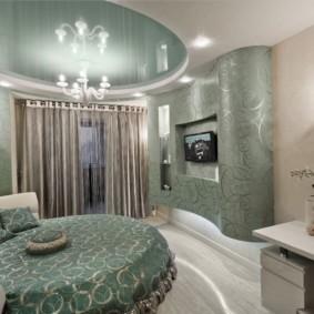 натяжные потолки в спальне идеи декор