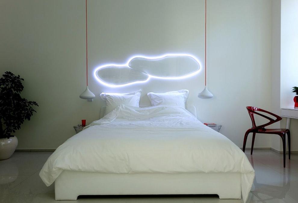 Ночник над изголовьем кровати в стиле хай-тек