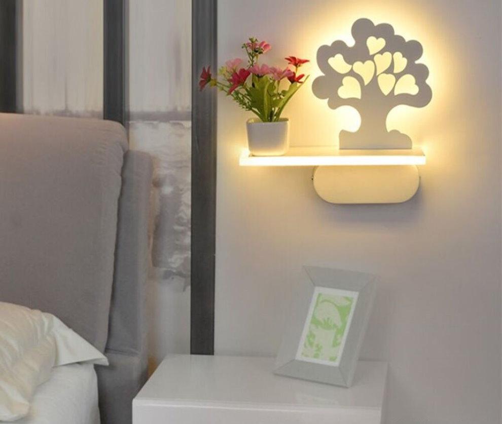 Ночник с полкой для спальни в стиле минимализма