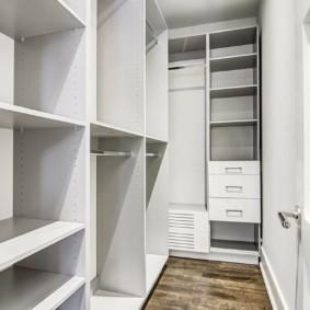 обустройство кладовки в квартире дизайн