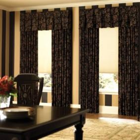 шторы в зал на два окна дизайн идеи