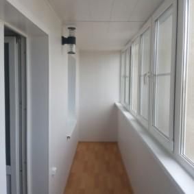 отделка балкона в квартире варианты идеи