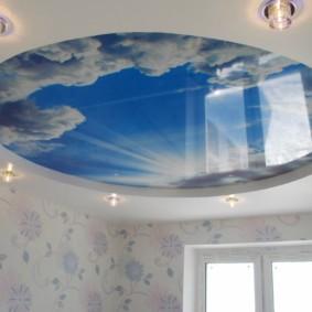 потолок из гипсокартона для гостиной интерьер
