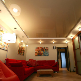 потолок из гипсокартона для гостиной виды
