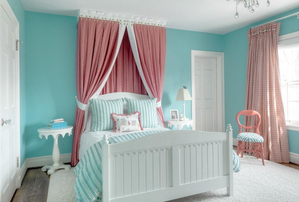 розово голубая спальня