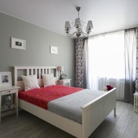серые обои в спальне виды декора