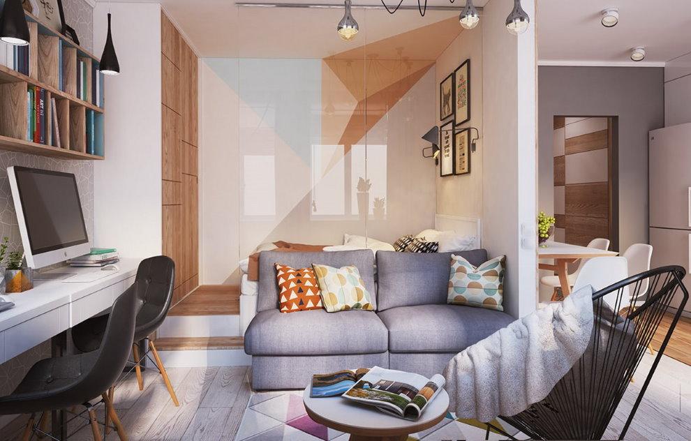 Серый диванчик в однокомнатной квартире 36 кв м