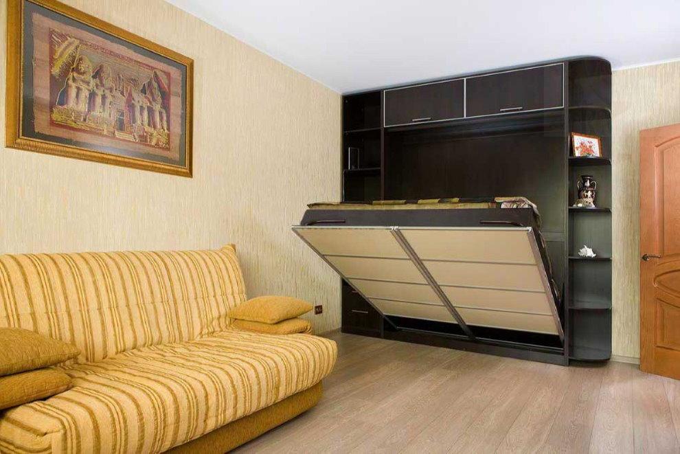 Откидная кровать в шкафу-купе
