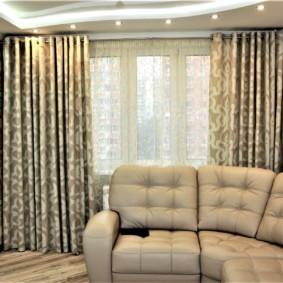 шторы на люверсах в гостиную фото