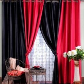 шторы на люверсах в гостиную интерьер фото