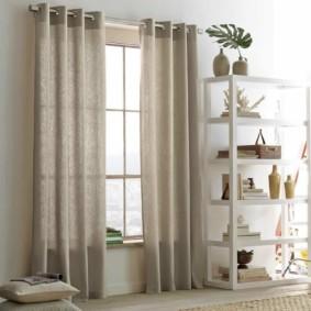 шторы на люверсах в гостиную оформление