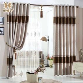 шторы на люверсах в гостиную фото оформление