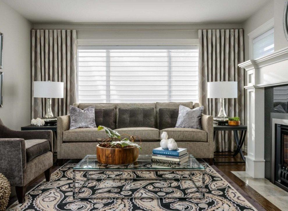 Подбор штор под обивку мебели в гостиной