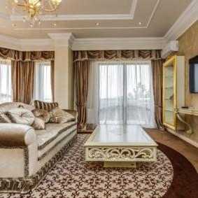 шторы в гостиную с ламбрекеном