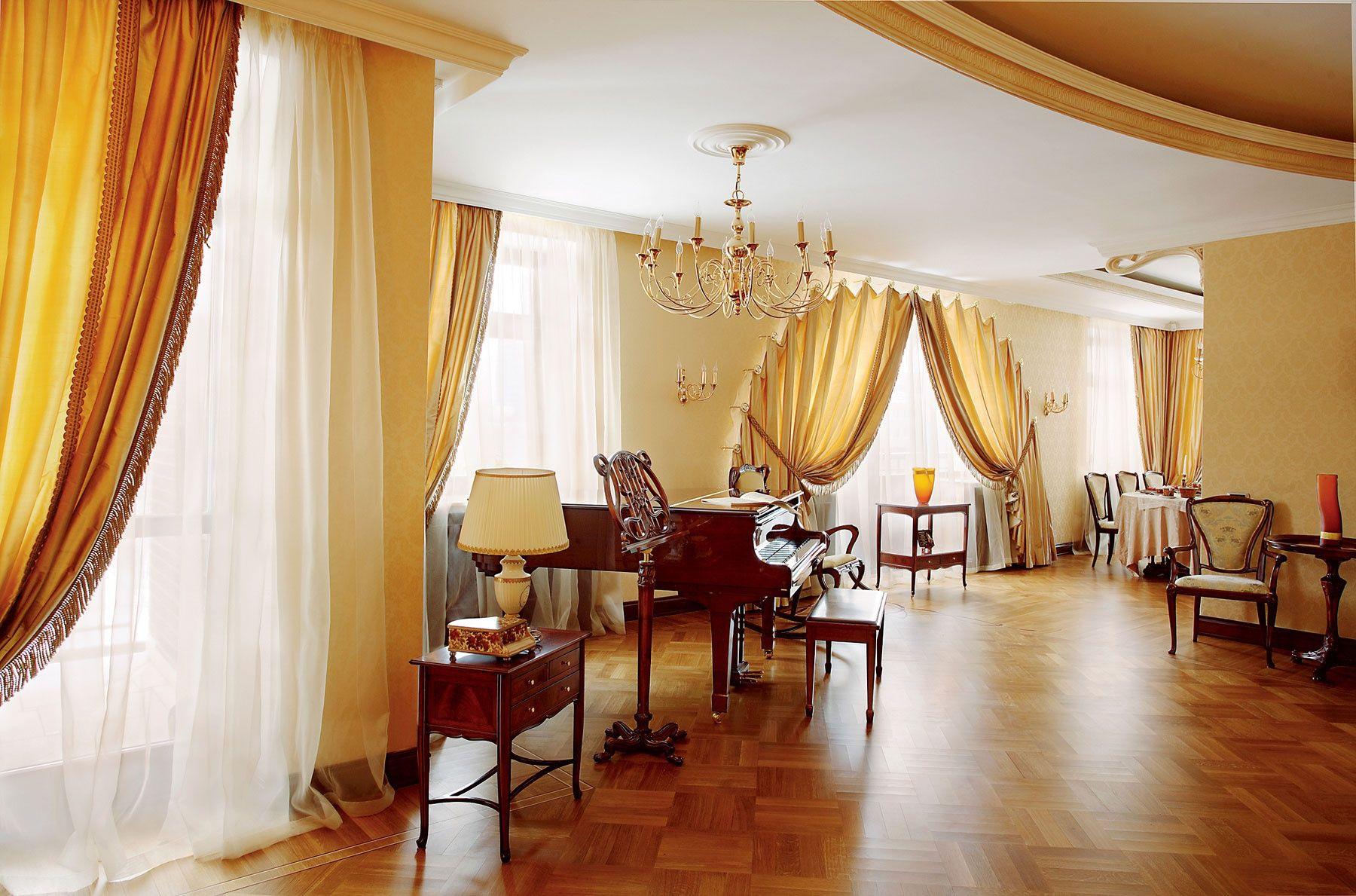 шторы в гостиную модерн