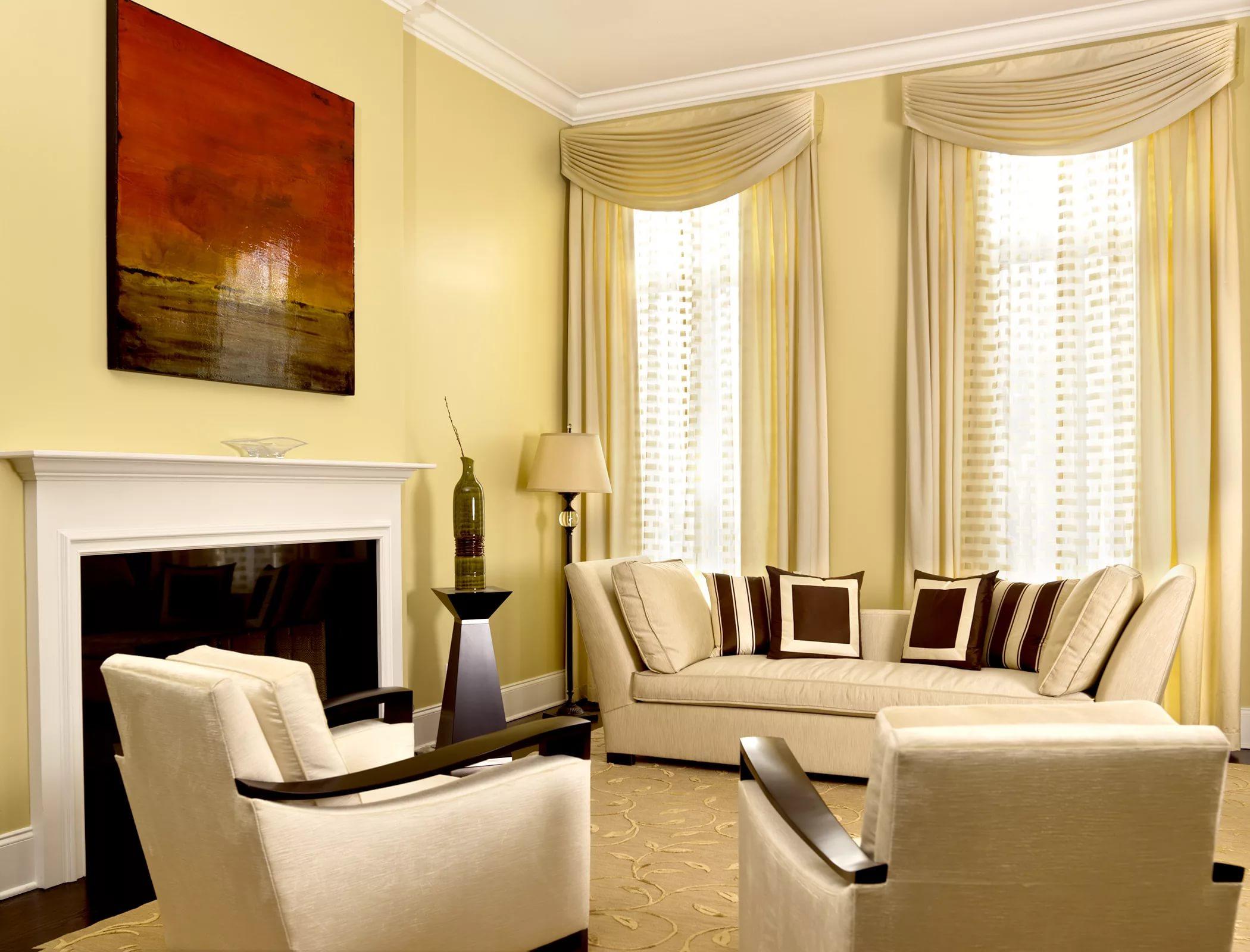 шторы в зал на два окна дизайн фото