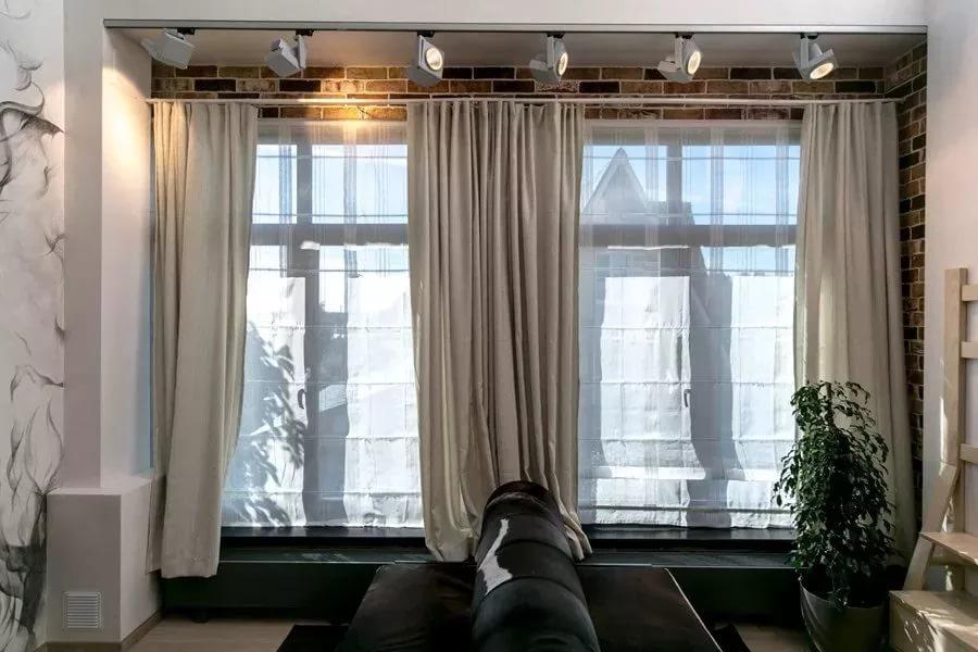 шторы в зал на два окна фото