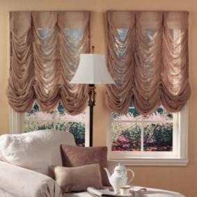 шторы в зал на два окна декор фото