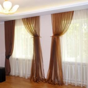 шторы в зал на два окна фото интерьера