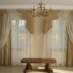 шторы в зал на два окна идеи интерьер