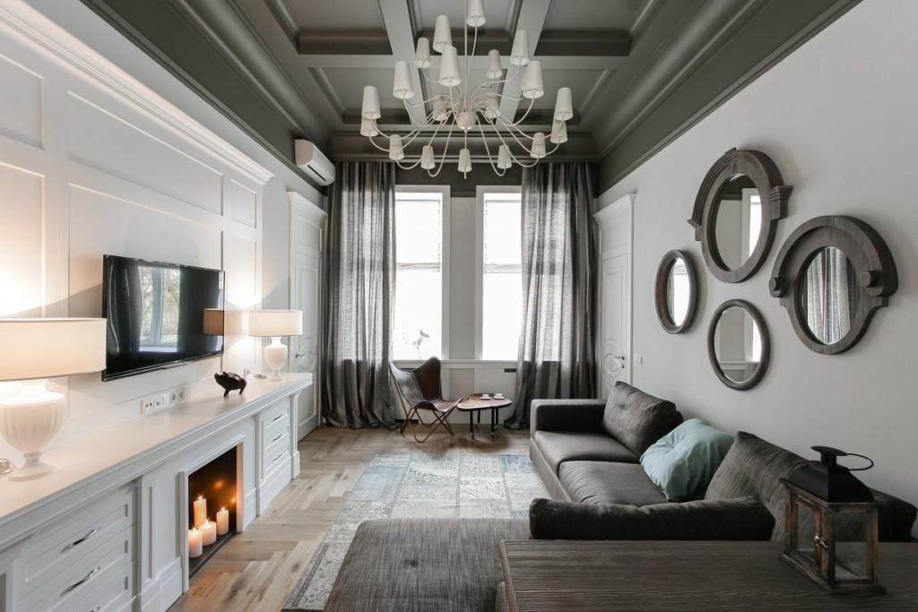 Зеркала в гостиной классического стиля