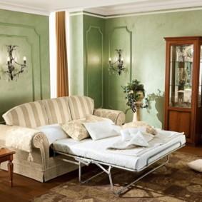 спальная комната с диваном интерьер идеи