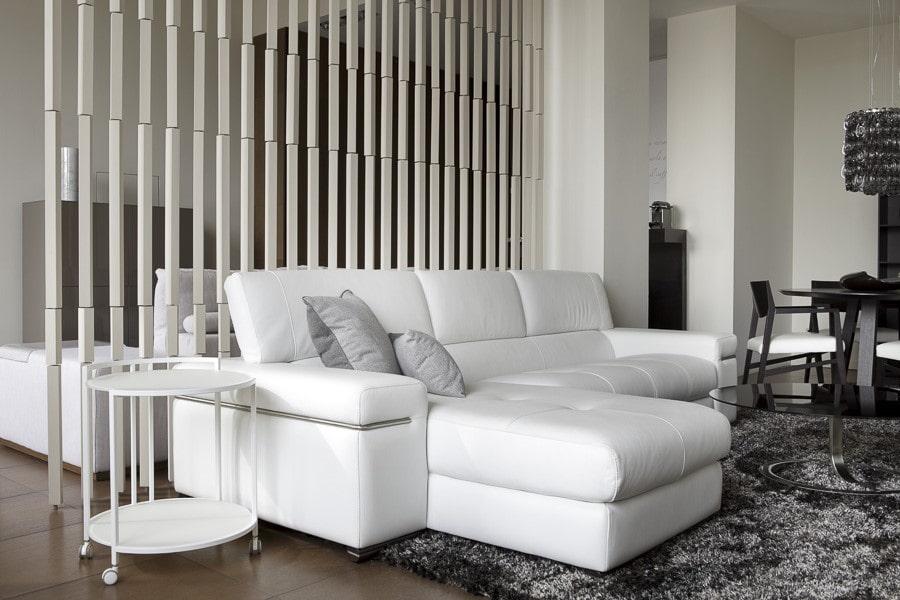 спальная комната с диваном модерн