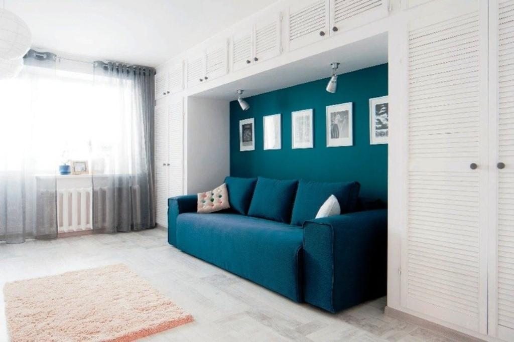 спальная комната с диваном дизайн
