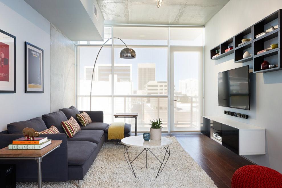 Светлые стены в гостиной стиля хай-тек