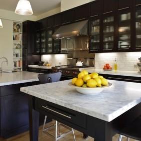 стол из искусственного камня на кухню декор идеи