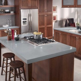 стол из искусственного камня на кухню интерьер идеи