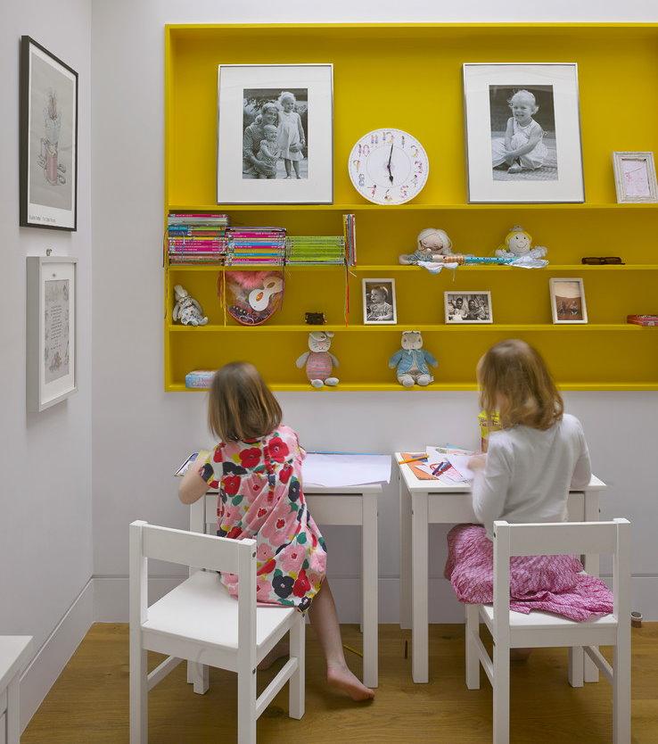 Рабочее место для девочек дошкольного возраста