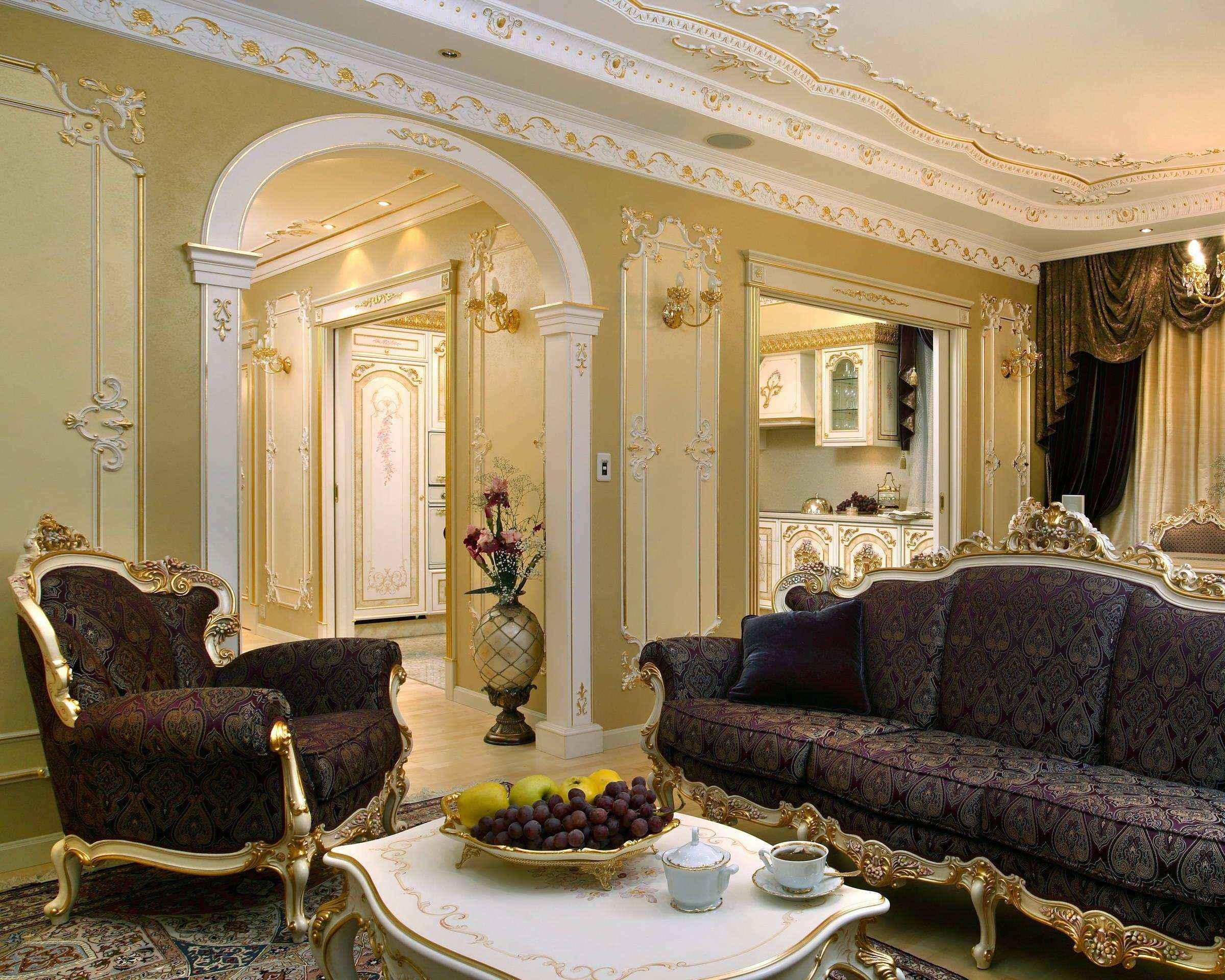 светлая арка в дизайне гостиной