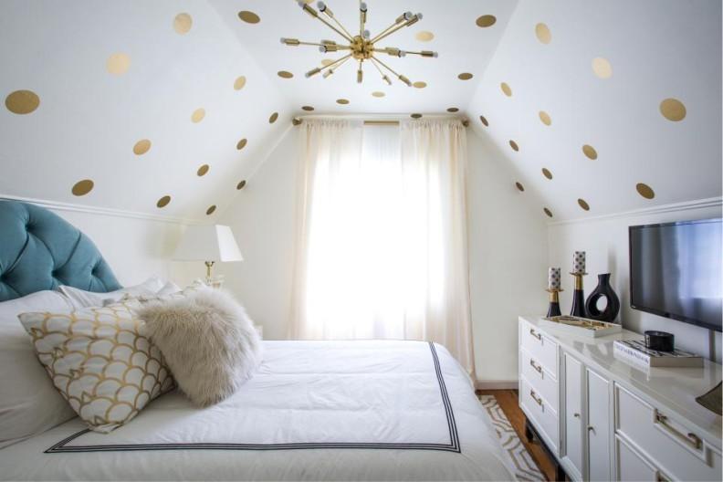 светлая спальня для девочки