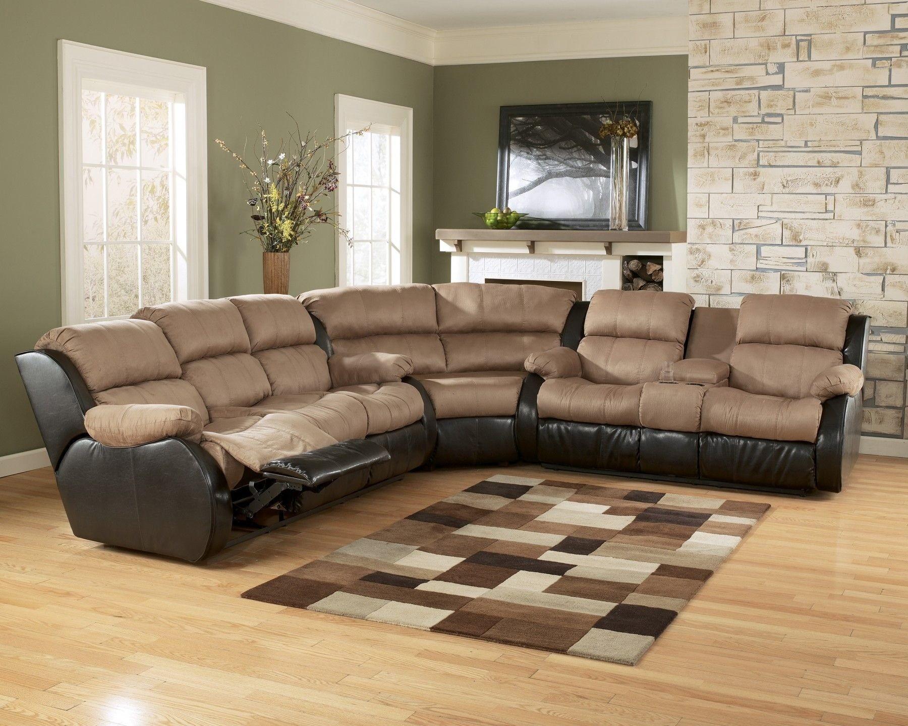 угловой диван реклайнер в гостиной