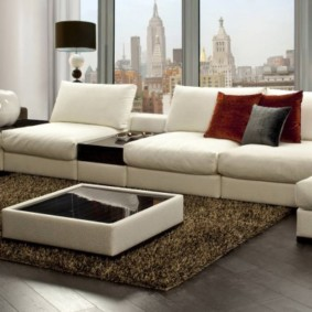 угловой диван в гостиной фото декора