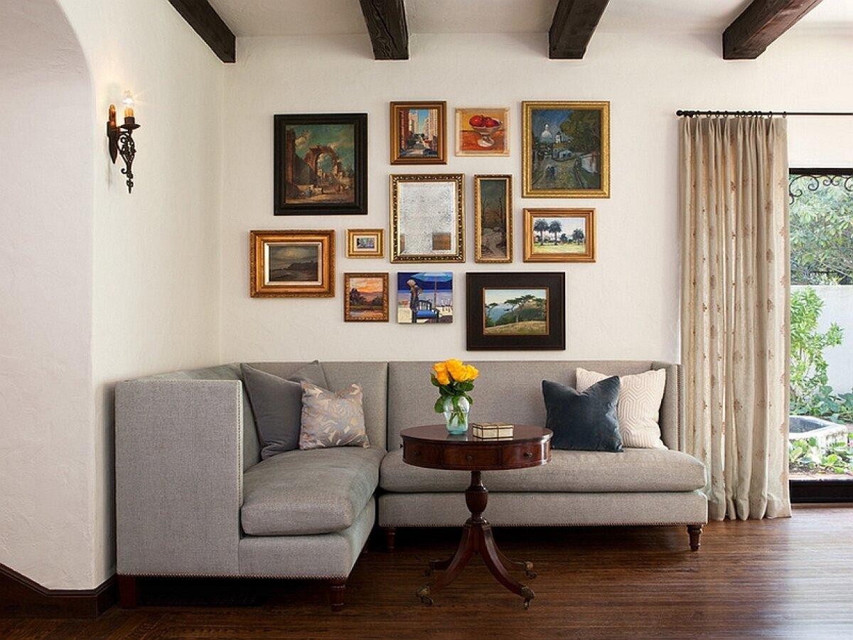угловой диван в комнате