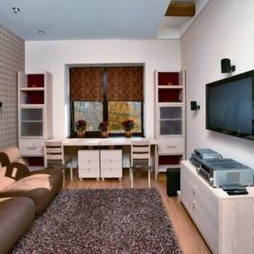 узкая гостиная в квартире декор фото