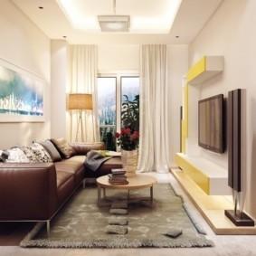 узкая гостиная в квартире интерьер фото