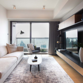 узкая гостиная в квартире идеи фото