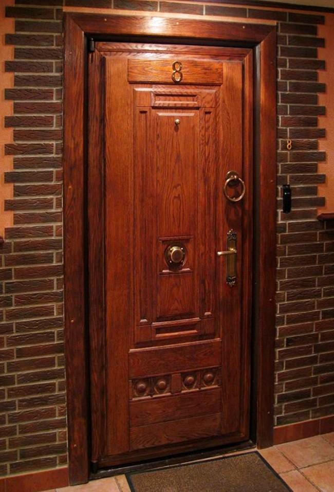входная дверь из массива дуба