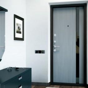 входные двери в квартиру виды