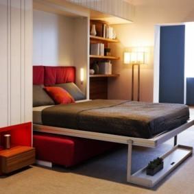 Откидная кровать в общей комнате