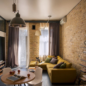 Интерьер маленького зала в стиле лофта