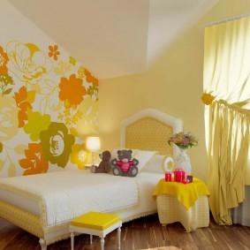 Детская комната в мансарде частного дома